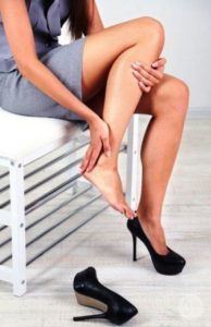 Высокие каблуки причина судорог ног