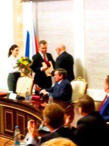 Астахов вручил грамоту Городецкому и Пыхтину